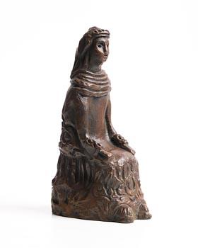 Markey Robinson, Shawlie Seated at Morgan O'Driscoll Art Auctions