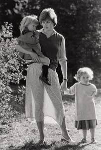 John Minihan, Lady Diana Spencer, photographed with children at London Kindergarten, September 1980 at Morgan O'Driscoll Art Auctions