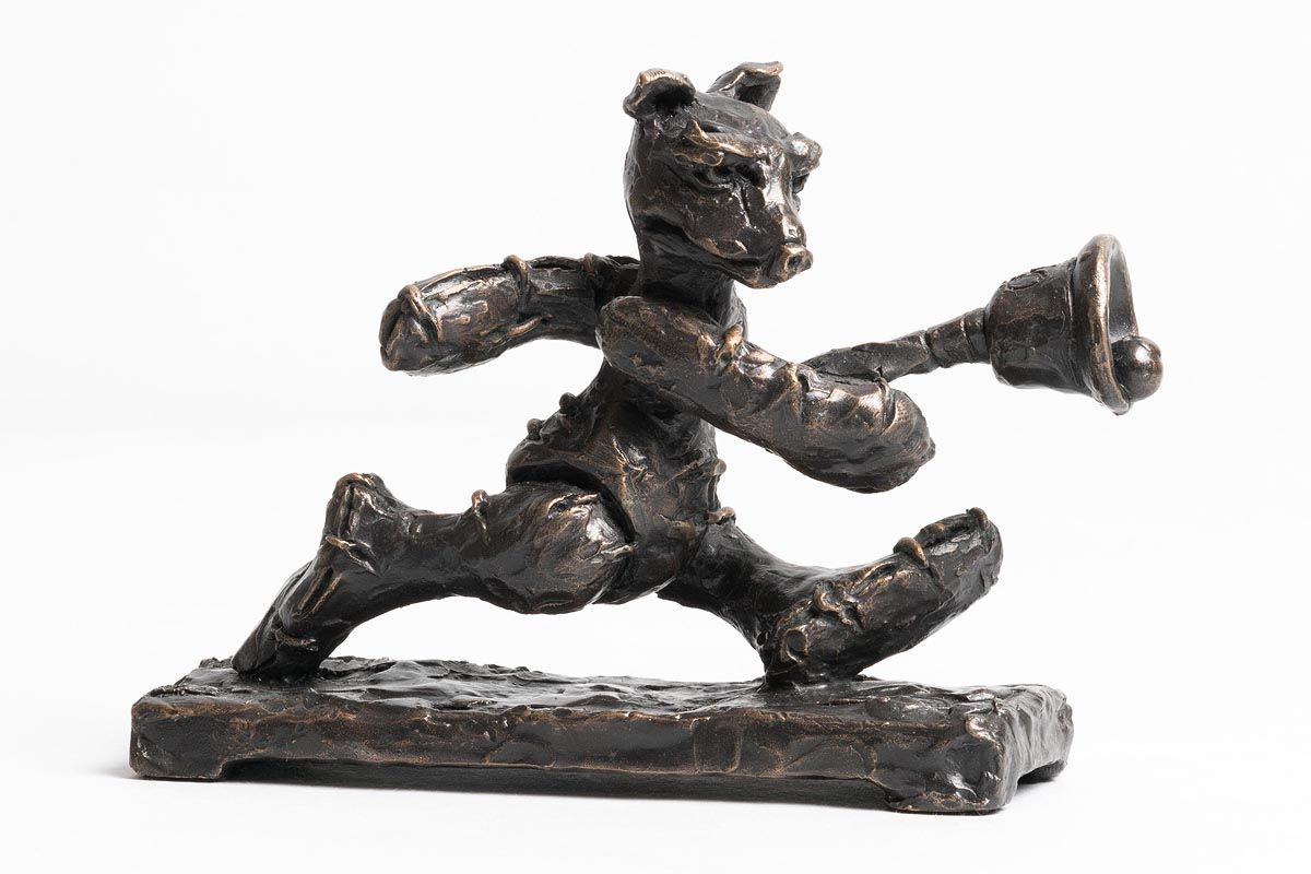 Patrick O'Reilly, Bear with Bell at Morgan O'Driscoll Art Auctions