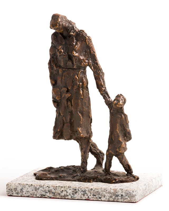 Melanie Le Brocquy, Mother and Child Walking (1998) at Morgan O'Driscoll Art Auctions